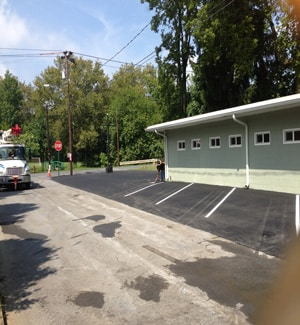 commercial parking lot-asphalt-paving-complete-highspire-pa-m