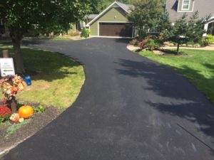 willies paving image of driveway paving installation and cost to pave driveway per square foot