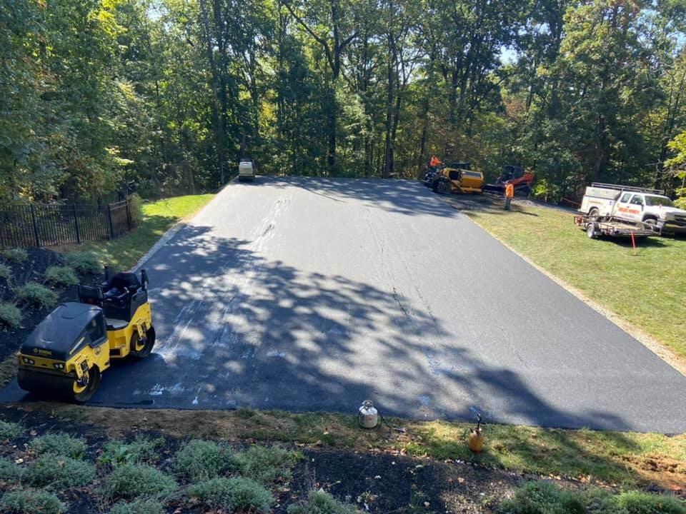 how to do asphalt line striping